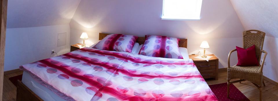 Schlafzimmer oben 2